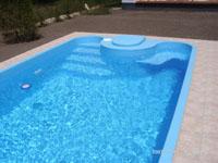 Polipropilén és üvegszálas medencék